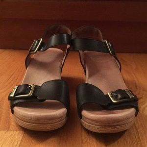Dansko black leather sandal. Size 8